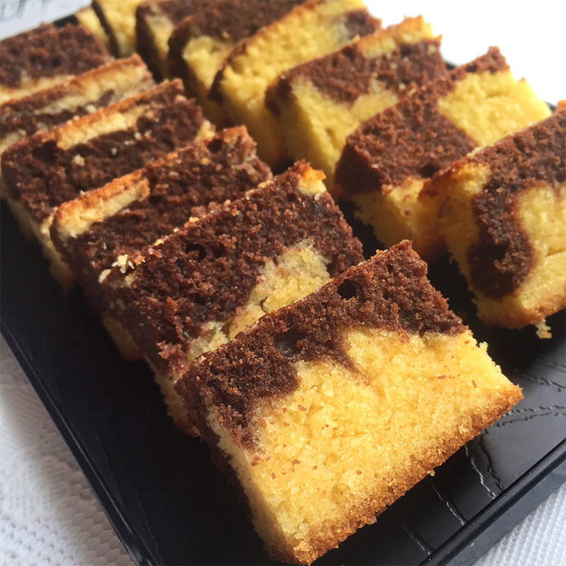 Marble Cake Recipe by Bakeomaniac